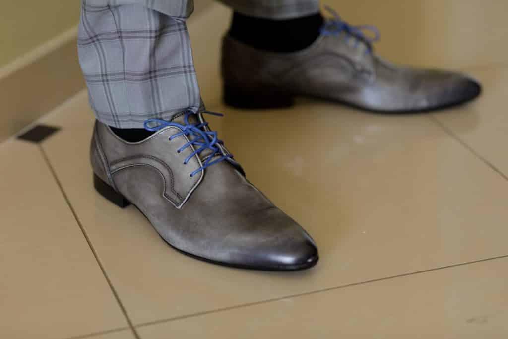 chaussure mairé pendant les préparatifs