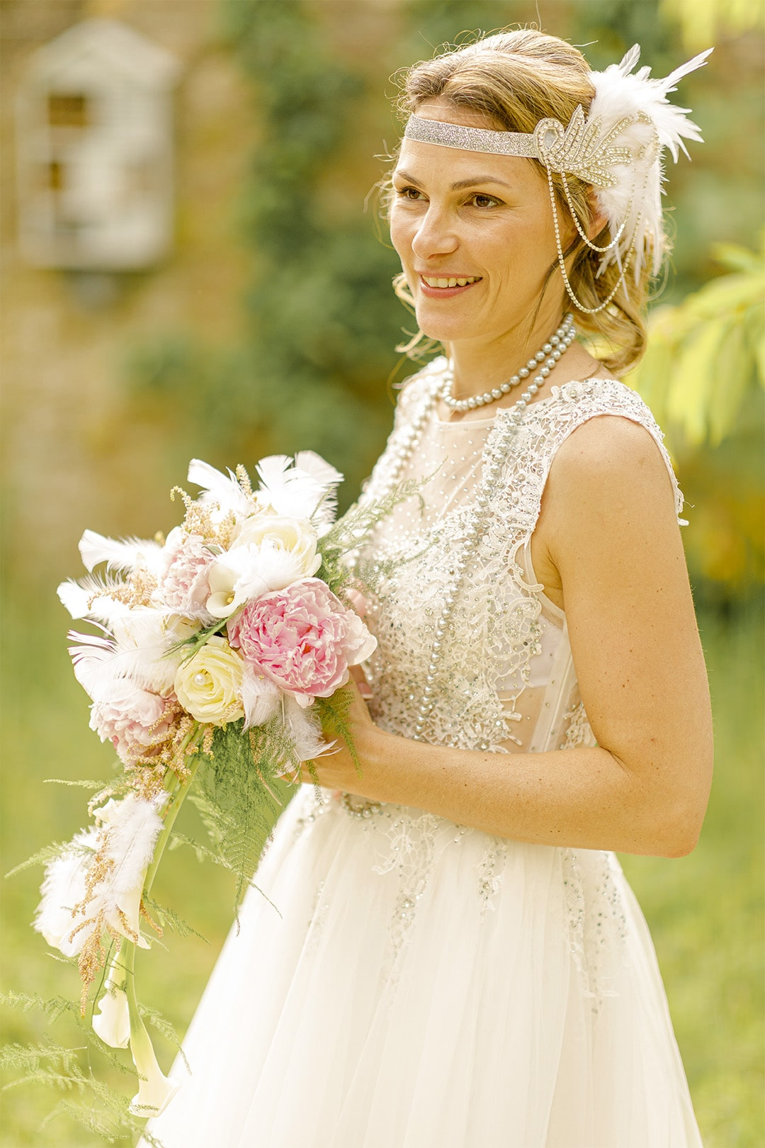 portrait mariée photographe mariage 91 tenant son bouquet